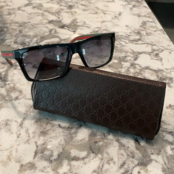 Like new Gucci Sunglasses